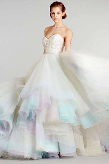 robe arc en ciel pour la mariee