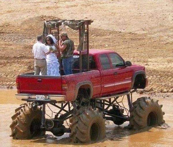 se marier dans la boue