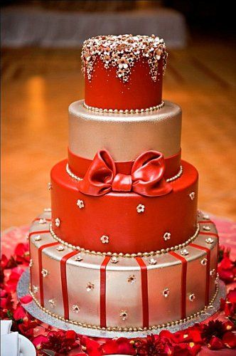 Red Colour Cake Images : Le wedding cake