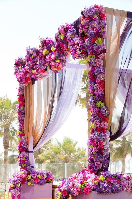 10 belles id es pour cr er une arche de mariage. Black Bedroom Furniture Sets. Home Design Ideas