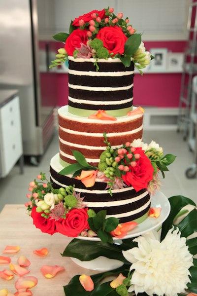 Naked cake chocolat noir et aux noisettes