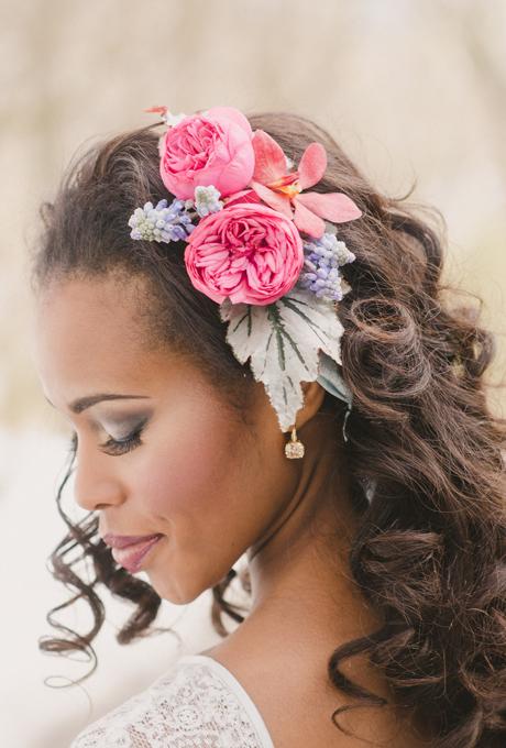10 coiffures de mari e dans lesquelles on pique de jolies fleurs page 2 sur 2. Black Bedroom Furniture Sets. Home Design Ideas
