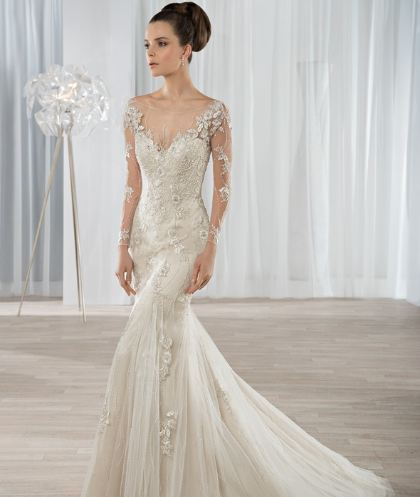 Robe Demetrios