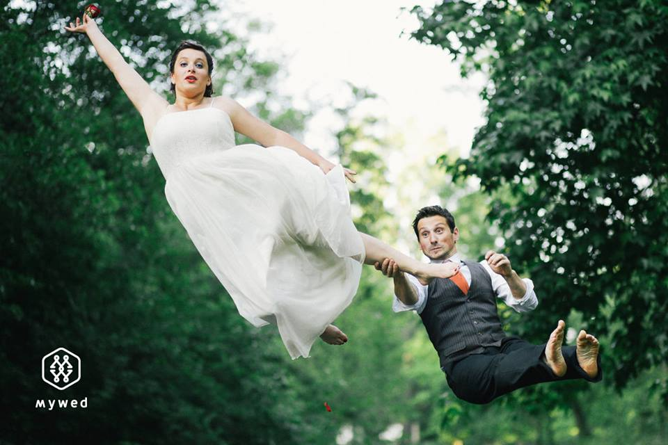 photo mariage drole couple volant