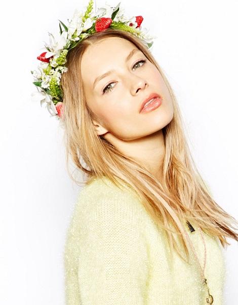 coiffure-fleurs-mariage-fraise
