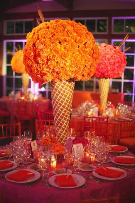 decoration de table presentation orange en forme de cone
