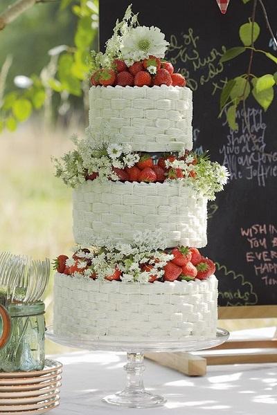 gateau-chic-fraise-mariage