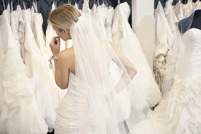 prix-robe-mariee-une