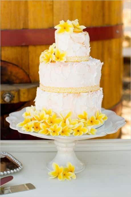 theme-de-mariage-buttercup-wedding-cake4
