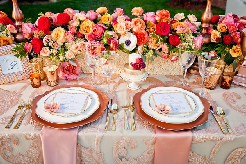 decoration de table rose gold fleurs boudoir