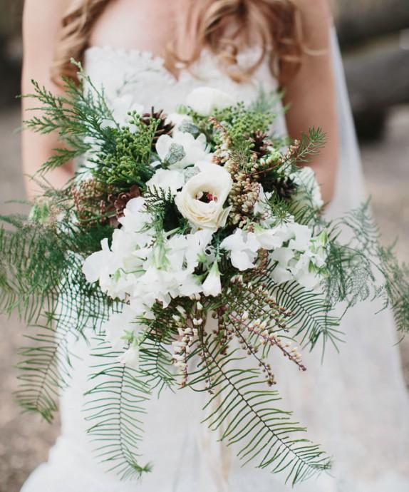 bouquet blanc et vert fougeres