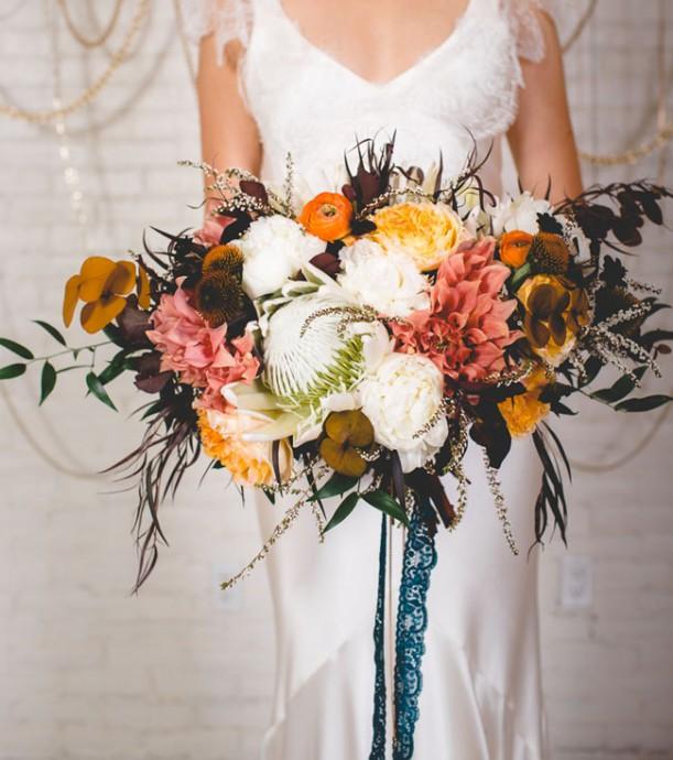 bouquet fleurs rose orange marron