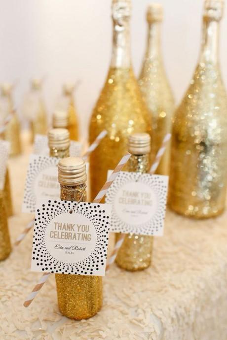mariage dore cadeaux pour invites bouteilles dores