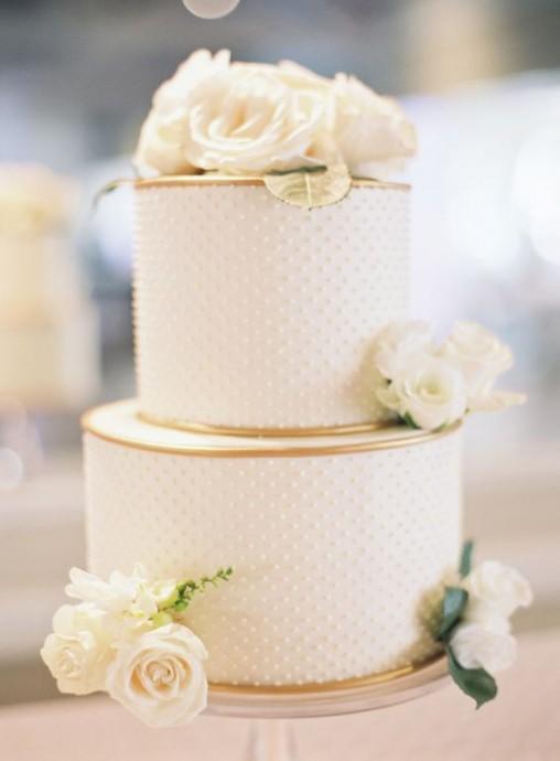 mariage dore gateau blanc et dore
