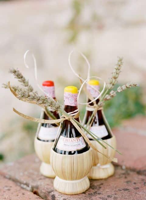 cadeaux invites liqueur mariage campagne chic
