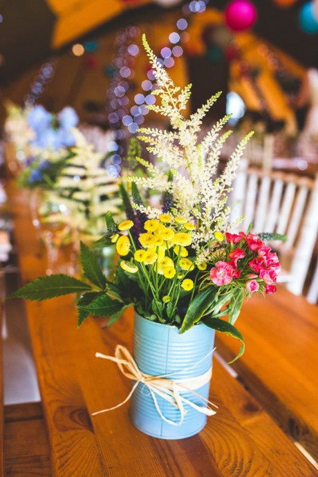 mariage-boîtes de conserve-bouquet