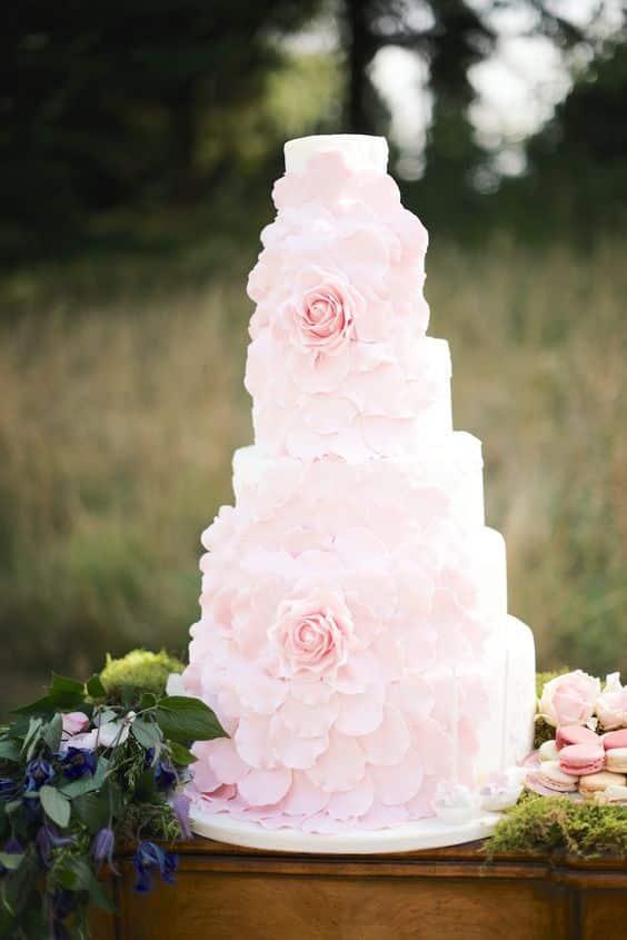 jardin anglais mariage gateau rose