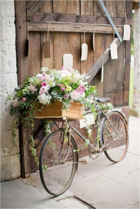 mariage campagne chic decoration velo