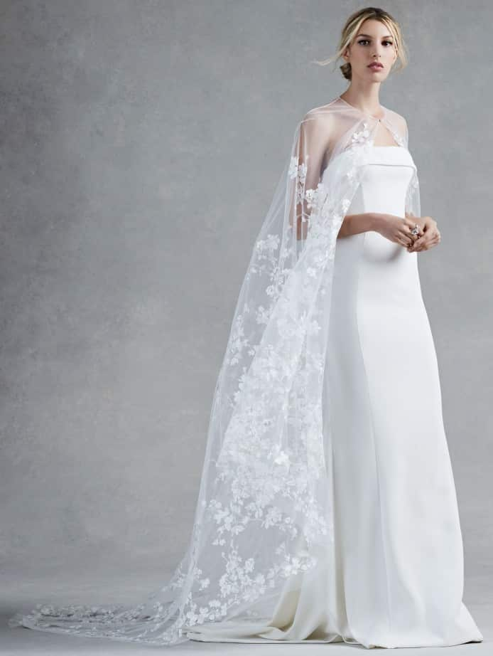 robe de mariée cape oscar de la renta 2017 look 3 hensley