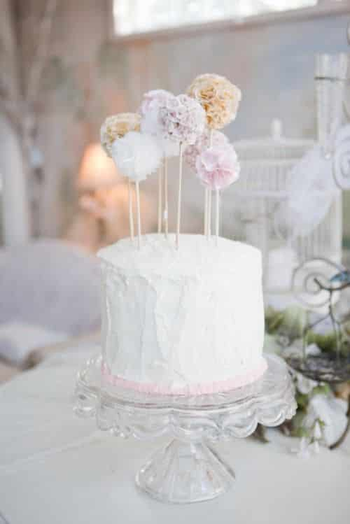gateau de mariage pompom