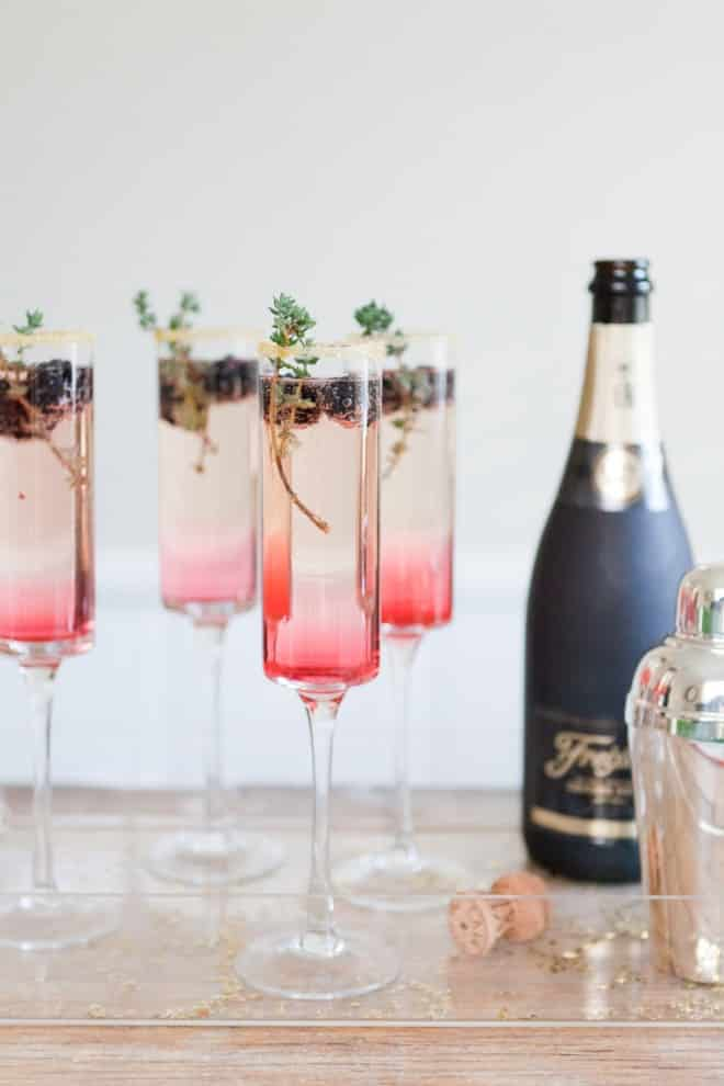 Champagne mûres et thym