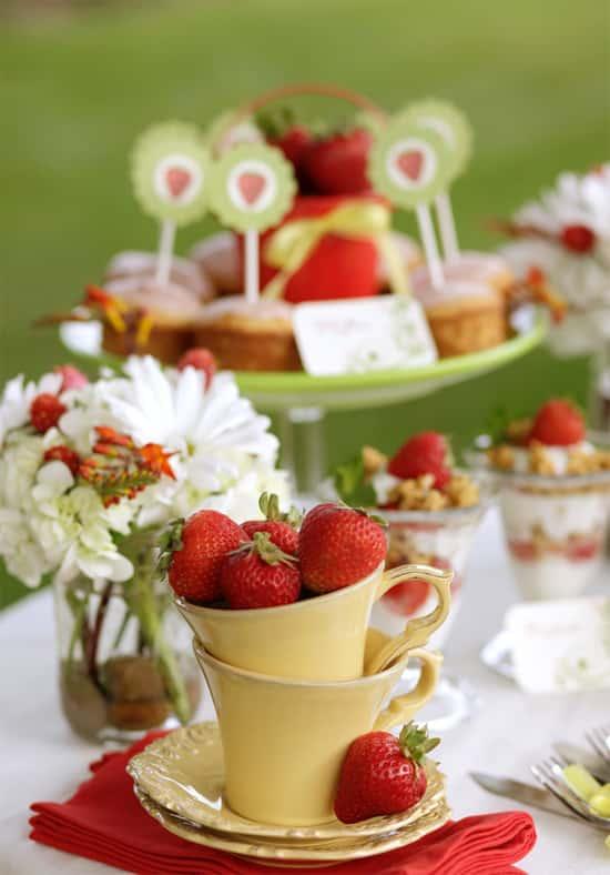 deco table fraise des bois