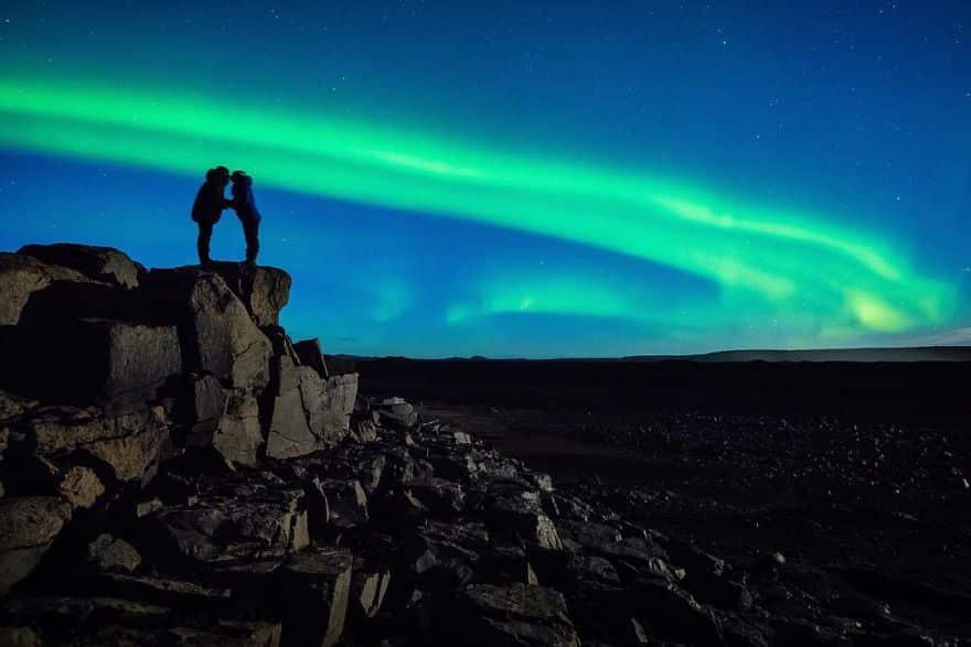 demande en mariage sous aurore boréal