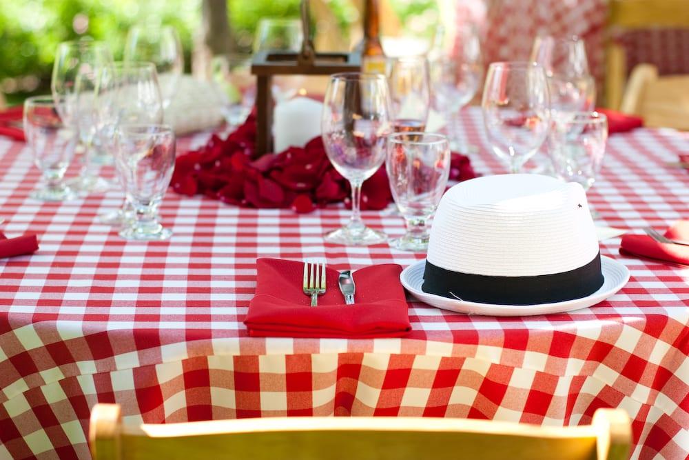 Mon mariage chic et vintage sur un air de guinguette - Idee deco table ...