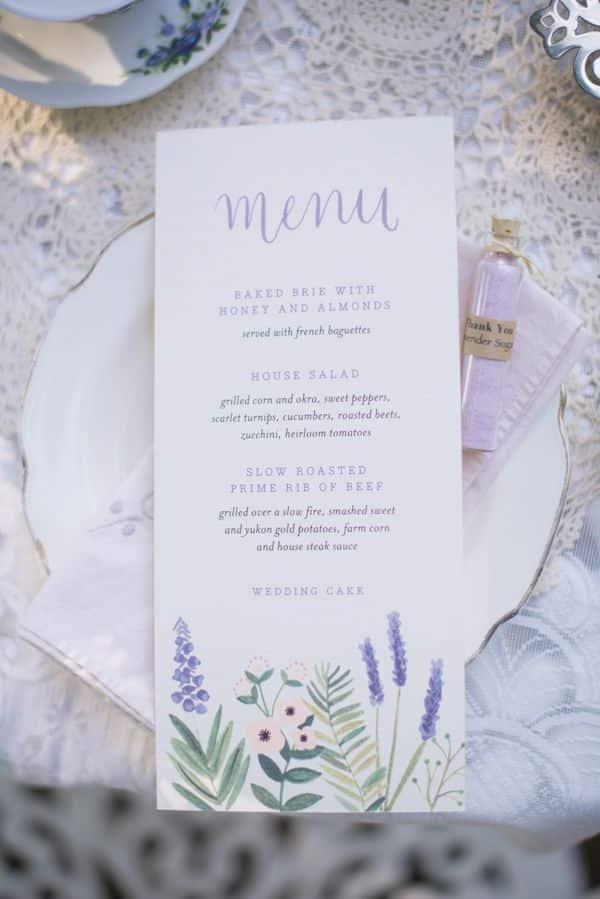 mariage au coeur d'un champ de lavande-menu