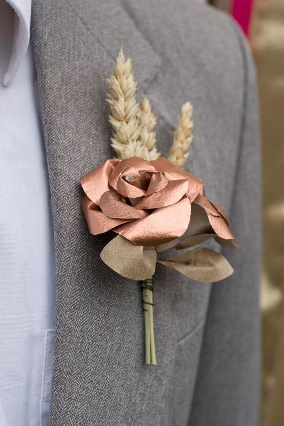 rose en cuivre boutonniere