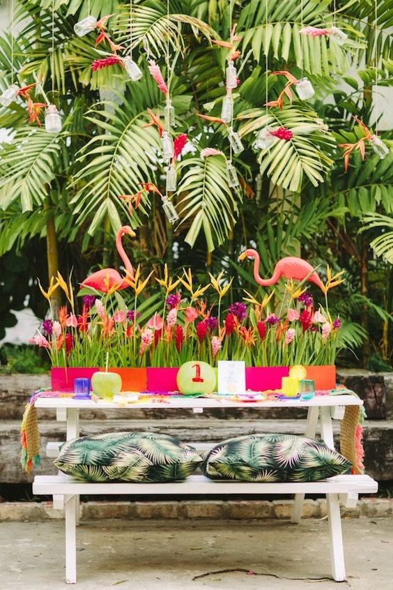 table des maries mariage flamant rose