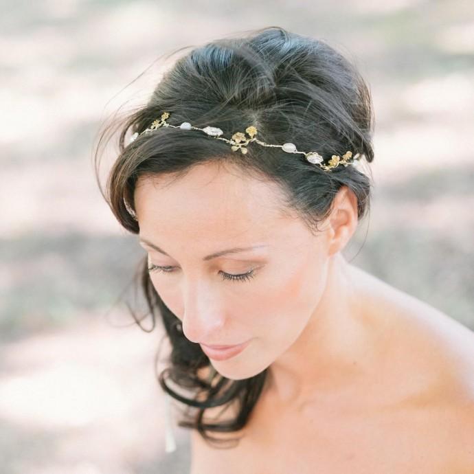 """""""Selena"""" Couronne de mariée fleurs, perles d'eau douce et cristaux"""