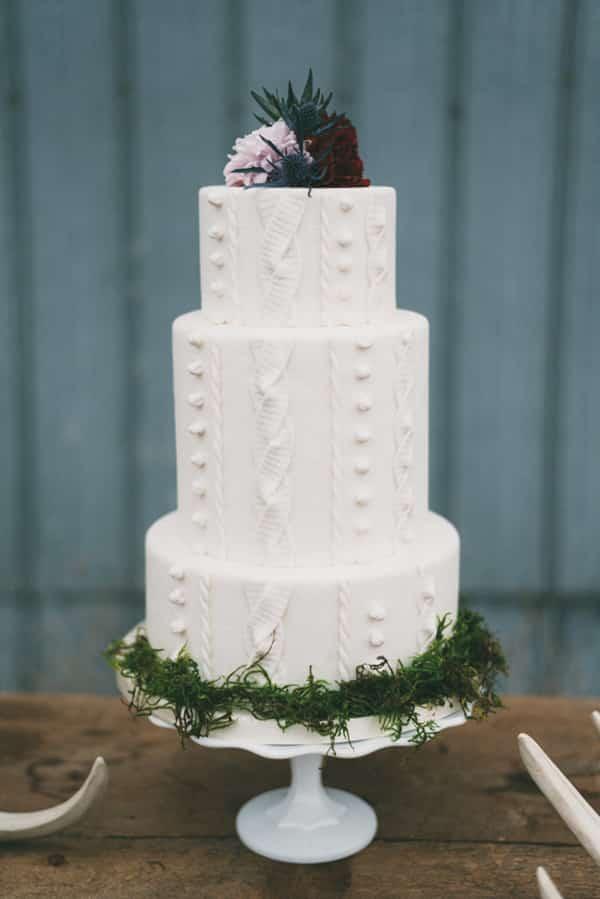 Wedding cake imitation pull d'hiver