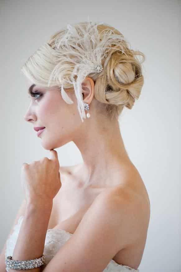 coiffure mariée plume