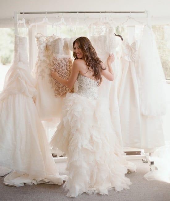 Les essayages de la robe de mari e comment faire pour for Comment faire la robe de mariage cupcake