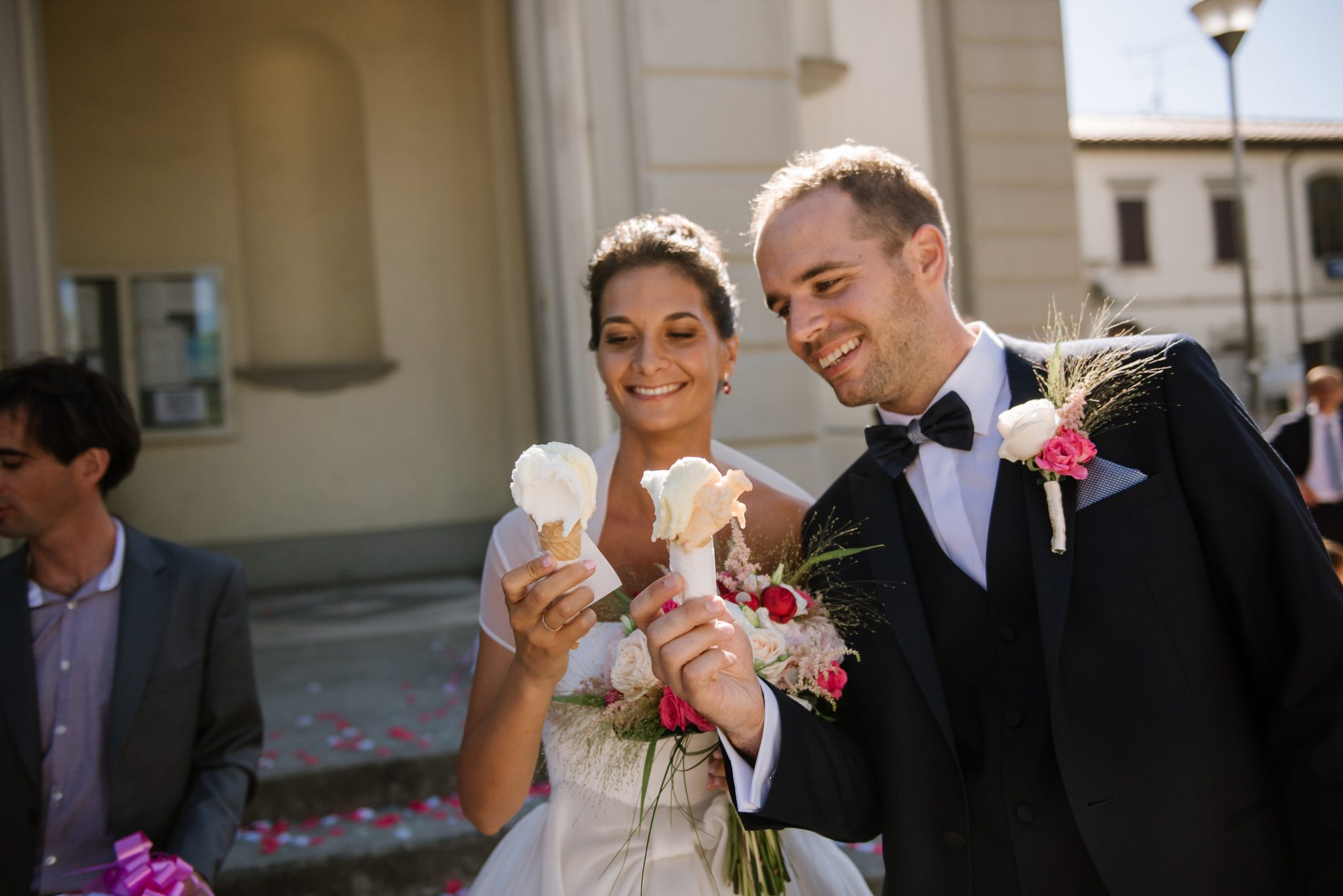 le mariage de marie et nicola en italie sur le th me de la dolce vita. Black Bedroom Furniture Sets. Home Design Ideas