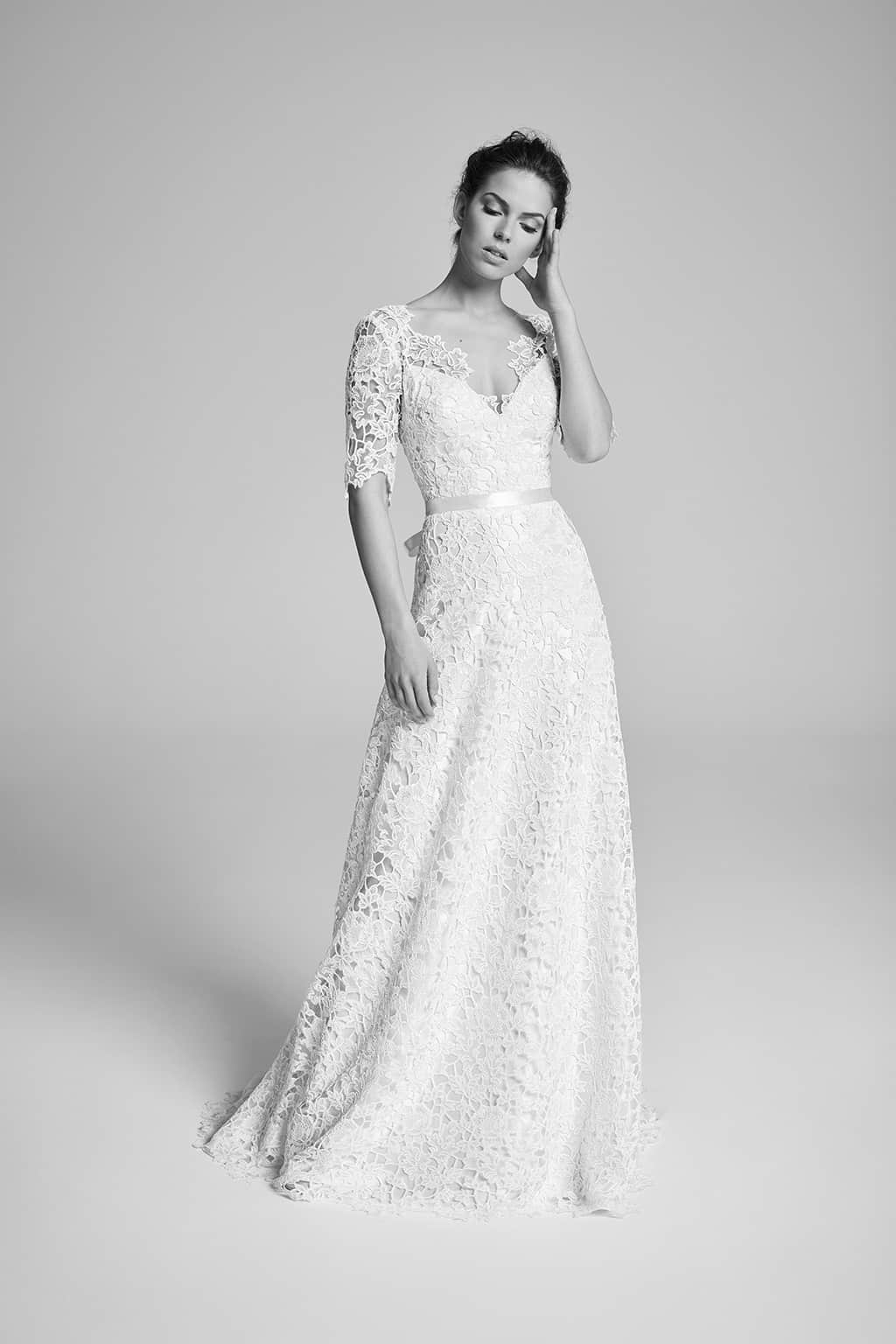 10 incroyables robes de mari e proposer meghan markle for Robes pour le mariage de printemps