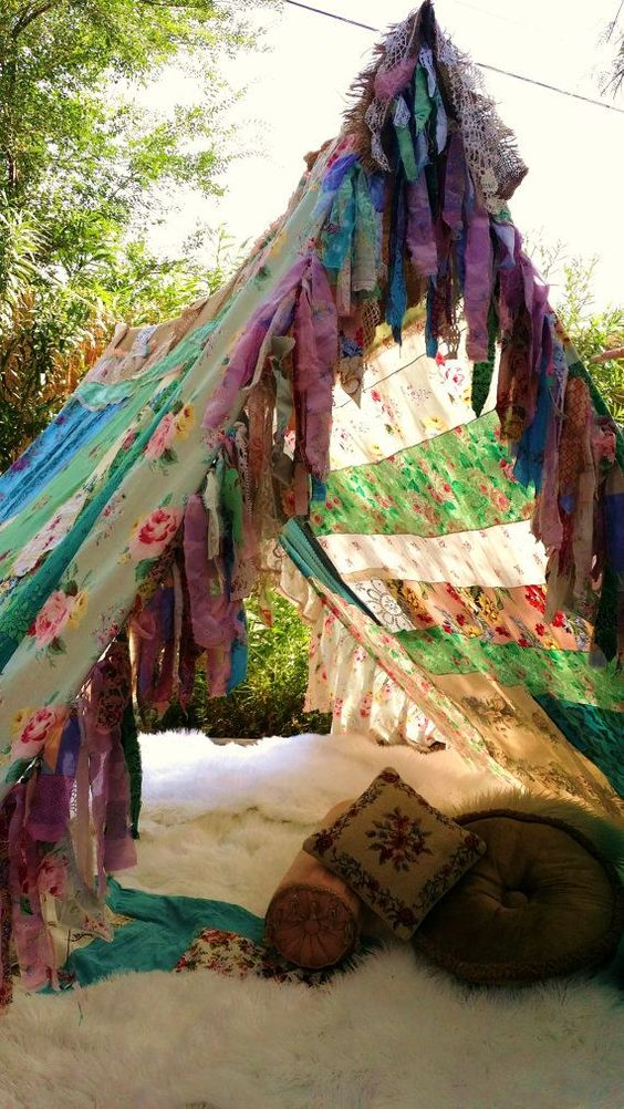 mariage peace and love-tipi-hippie