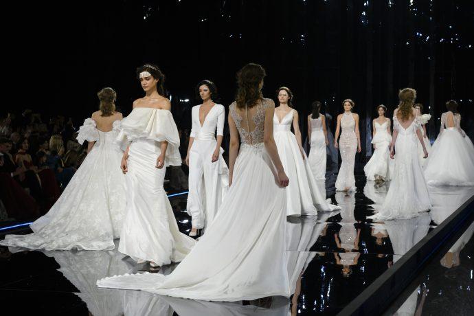 8421a3c9f2a Nicole Spose 2019   un défilé de robes de mariée qui mêle savoir-faire  moderne et esprit rétro