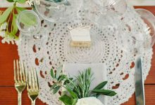 10 idées 100% récup pour utiliser des napperons dans la décoration d'un mariage romantique