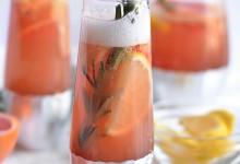 10 cocktails au champagne qu'on servirait bien au vin d'honneur