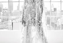 10 robes de mariée et leur majestueuse cape tendance 2018