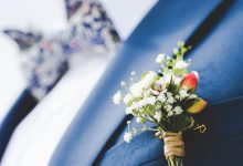 DIY : comment réaliser une jolie boutonnière fleurie pour votre futur époux ?