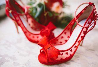 Les Chaussures De La Mariee