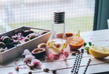 12 idées 100% récup pour utiliser des ampoules dans la décoration de votre mariage