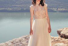 10 robes de mariée tendance 2018 qui vont vous faire adorer la transparence