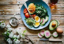 Aliments à zapper pour rentrer dans sa robe de mariée le jour J : la liste de Véronique Liesse, nutritionniste