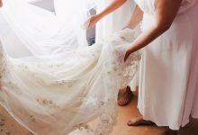 L'accroche-traîne : pourquoi faire de cet accessoire un indispensable pour sa robe de mariée ?