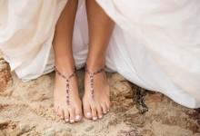DIY : comment fabriquer des bijoux de pieds pour un mariage à la plage ?