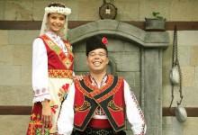 Joli tour du monde des plus belles robes de mariée
